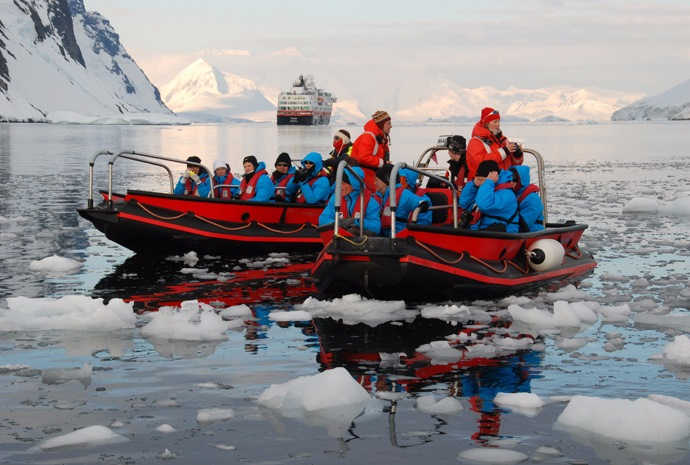 Chilean Fjords, Cape Horn and Antarctica 15 days