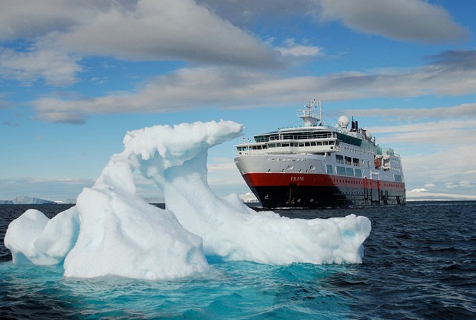 Antarctic Circle Expedition 16 days