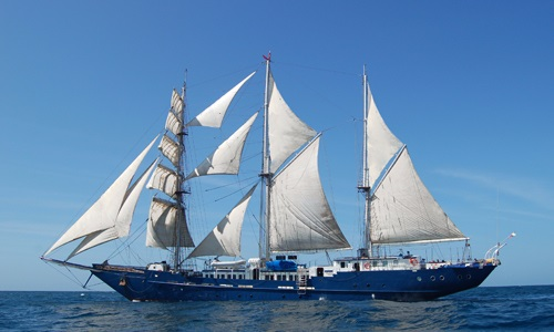 Galapagos Sailing Ship Adventure 8 days
