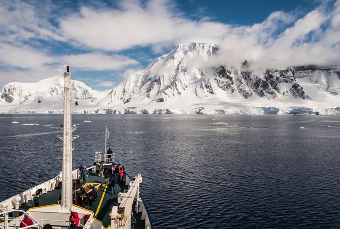 Polar Circle Antarctic Peninsula 12 days
