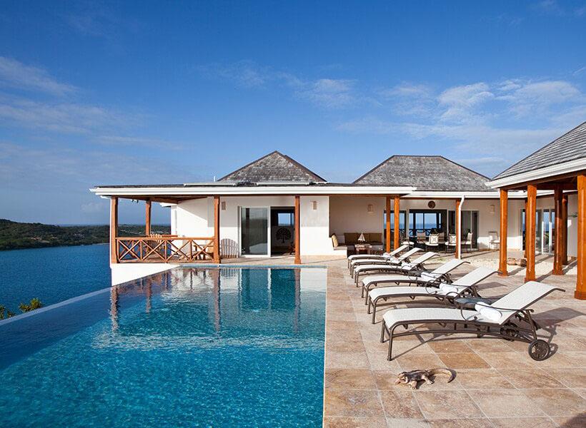Antigua villa