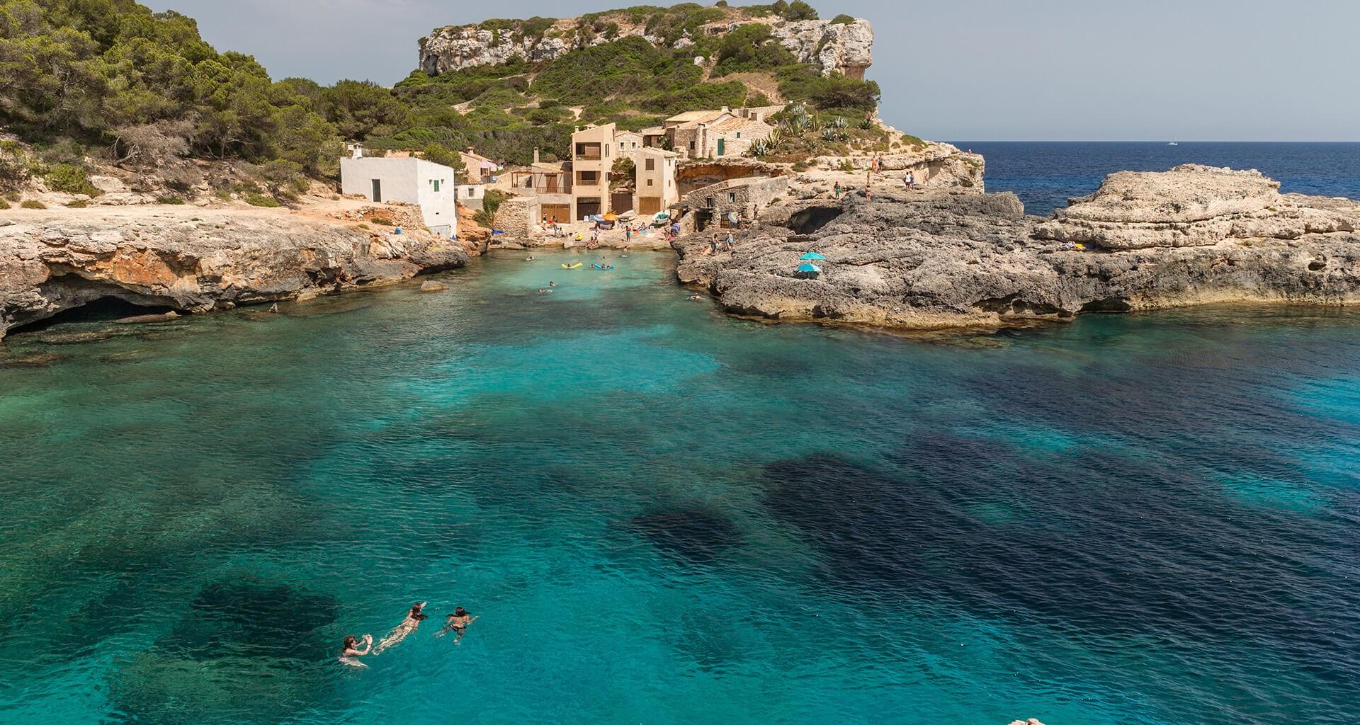 Menorca villa/ villas, apartment/ apartments online rental ...