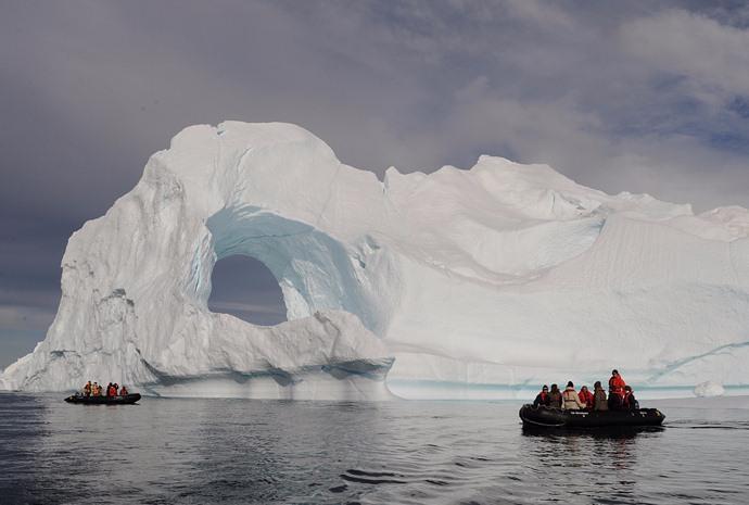 Greenland's West Coast in Luxury 11 Days