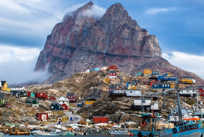 Discover Greenland from Iceland 12 Days