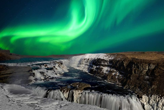 Iceland Northern Lights & Whales Combination Tour 7 Days