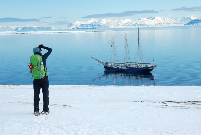 Spring in North Spitsbergen - Hike & Sail  8 days