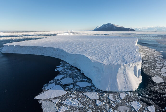 Spectacular Ross Sea Voyage with Helicopters 32 Days