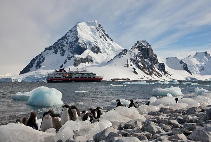Chilean Fjords, Antarctic Circle & The Falklands 20 Days