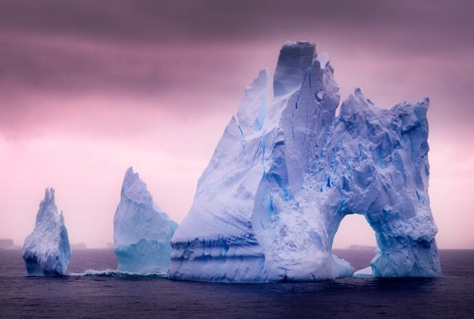 Antarctica Classic Fly/Cruise/Fly 8 days