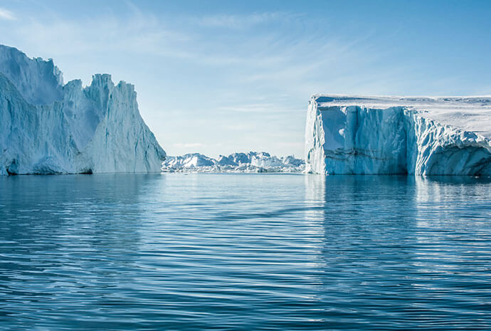 Northwest Passage West to East 17 Days