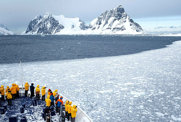 Antarctic Express Fly/Cruise/Fly 9 days