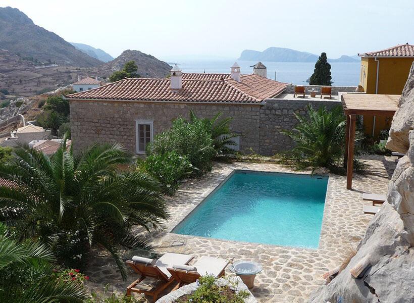 Hydra villa