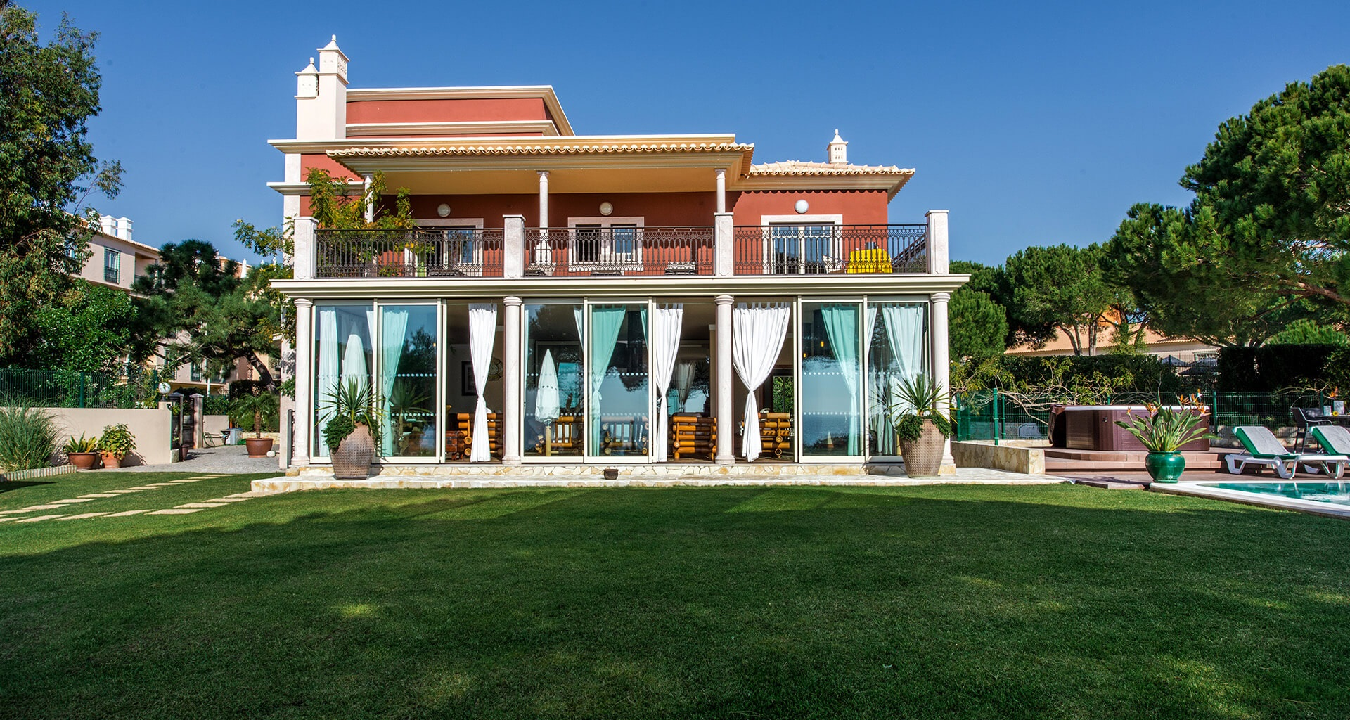 Central Algarve Villa Gallery