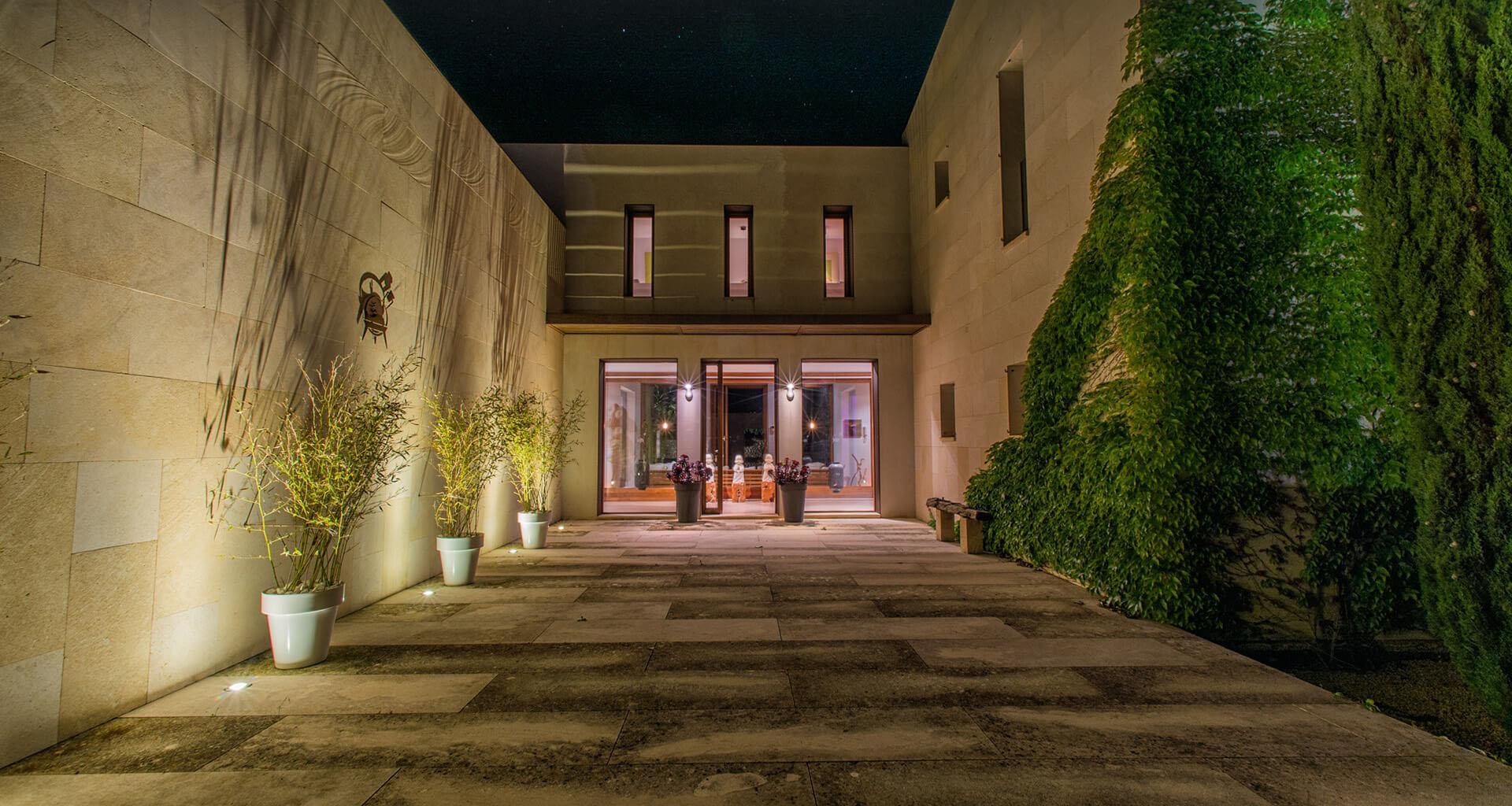 Arta East & South East  Villa Gallery