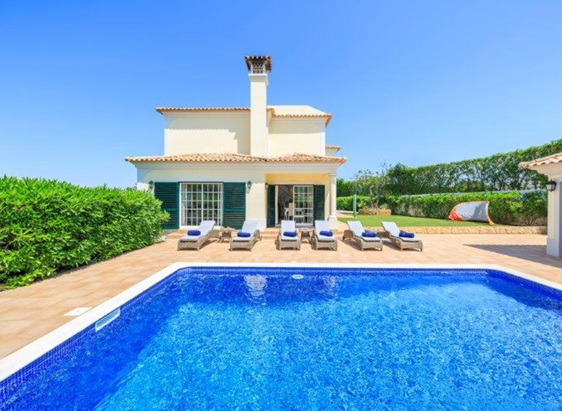 Almancil Area villa